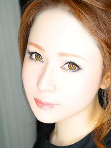 華月 瞳子