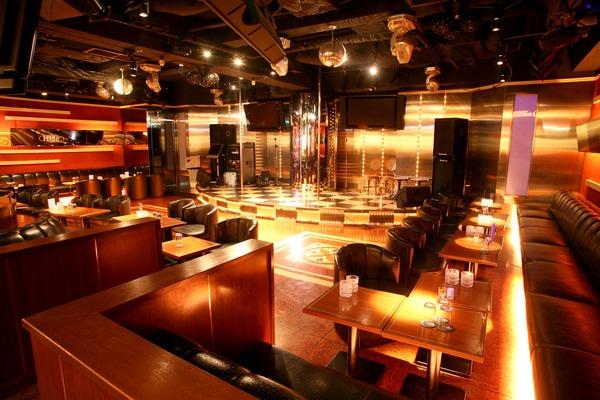 娘熟女Lounge Regalia