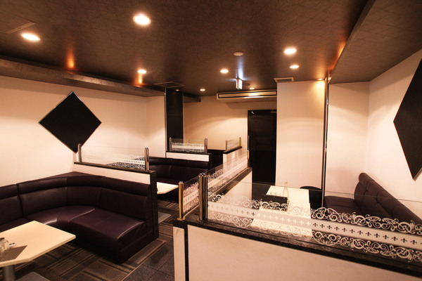 Luxe Club Crecia